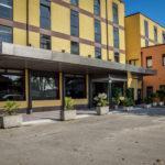 pensilina-hotel-la-rocca-parcheggio
